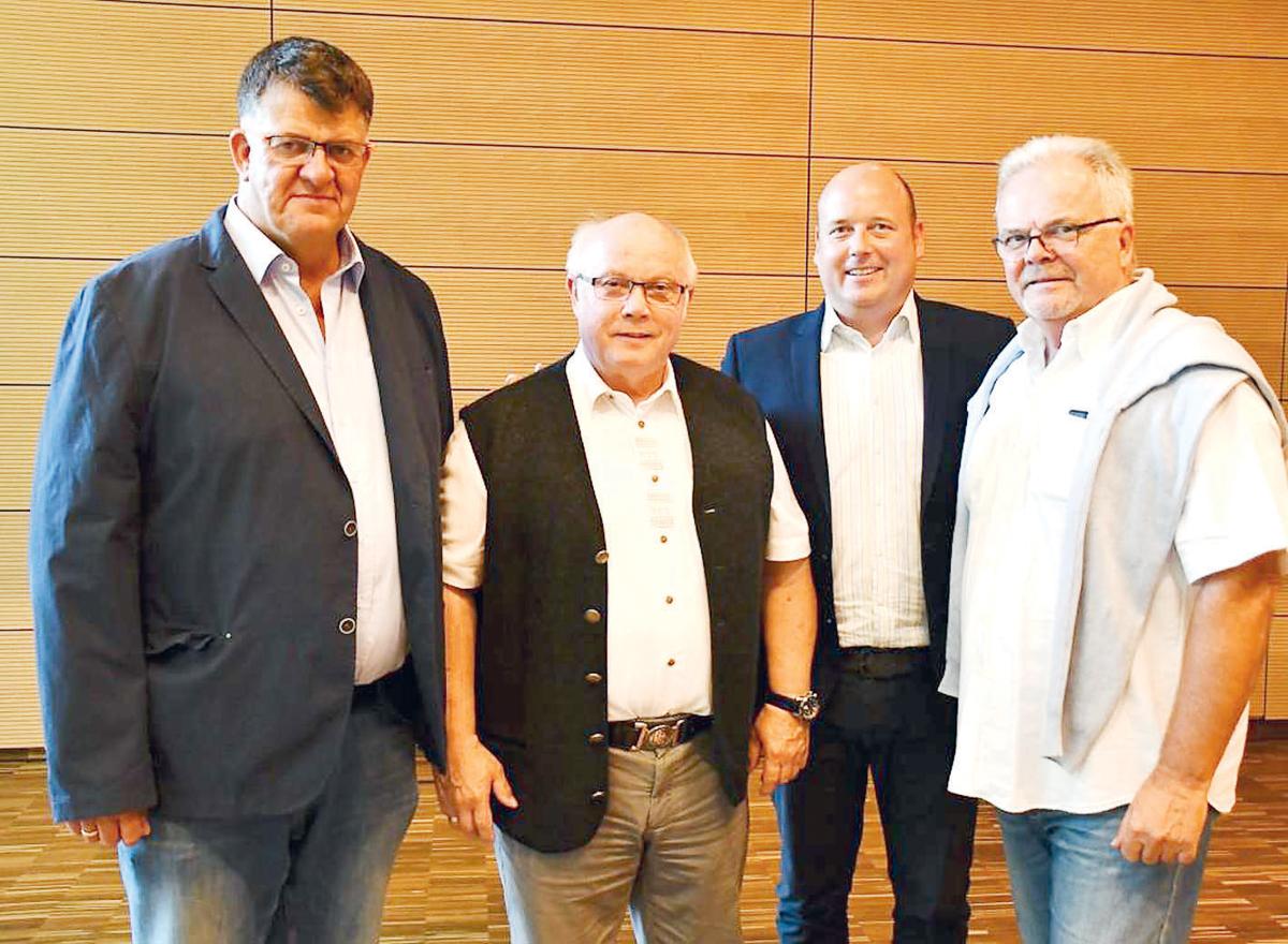 Beeindruckt von der Landesmusikakademie waren die MIT-Vorstandsmitglieder (v. l.) Wolfgang Ulrich, Wolfgang Gürtler, Holger Bormann und Hans-Jürgen Weidner.
